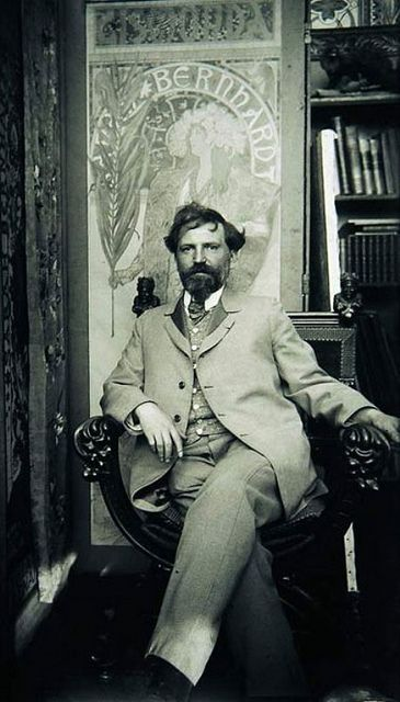 The great man himself, photographed in his bohemian studio. Alphonse Mucha, one of my favorite artist.