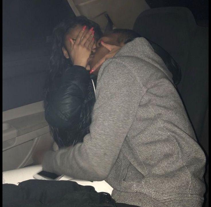 Фото пар без лица в машине естественные чайного гриба