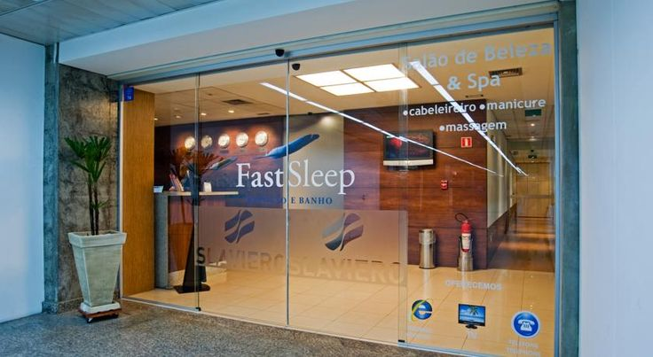 Slaviero Fast Sleep Repouso e Banho Guarulhos Guarulhos Located inside the International Airport, the Slaviero Fast Sleep offers practical rooms with approximately 4 m² in size and fitted with bunk beds.