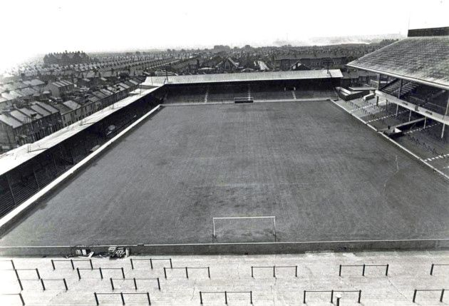 View of Boleyn Ground from the North Bank before the A Block was added to the West Stand (right) The old Chicken Run is on the left and South Bank stright ahead.