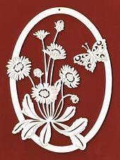 Fensterbild mit Gänseblümchen und Schmetterling H. 17 cm Holz