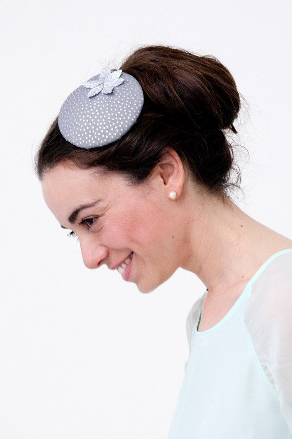Hey, I found this really awesome Etsy listing at https://www.etsy.com/listing/155200499/fetlar-grey-silver-fascinator-with