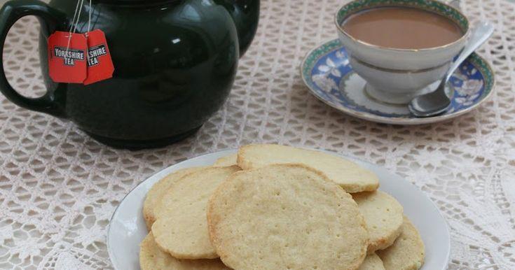 Food Lust People Love: Lazy Cow Rich Tea Biscuits #CreativeCookieExchange