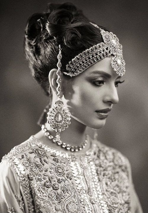 IT'S PG'LICIOUS — apakslife: A Pakistani bride. Photography by... #traditional