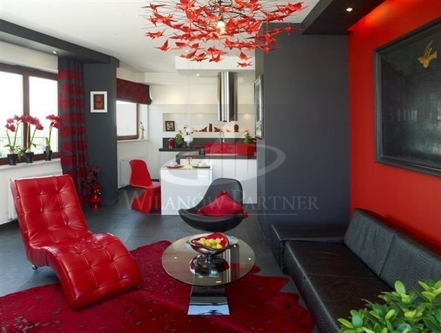 Apartment for sale in Poland, Warsaw (sqft: 936, 3 rooms). Price: $415000