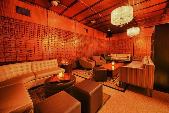 The Bedford restaurant bar de Chicago dans une banque