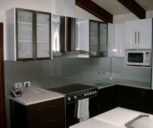 Metallic Designs - Adelaide Kitchen & Glass Splashbacks