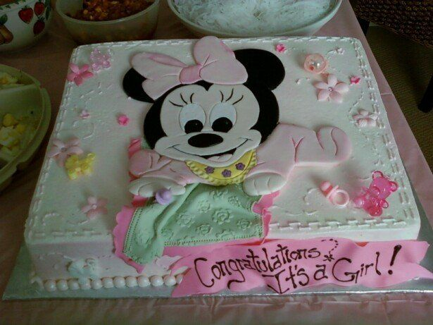 Baby Minnie Mouse baby shower cake