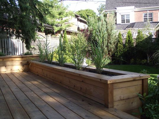 17 best images about deck planters on pinterest the for Deck garden box designs
