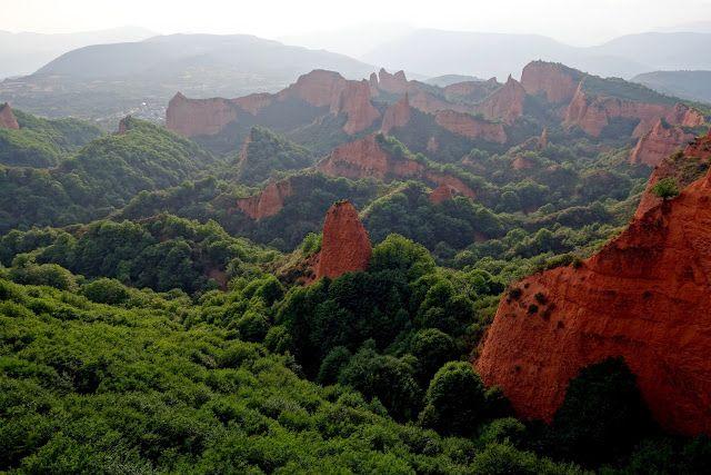 LAS MÉDULAS (Leon). Las montañas rojas que surgieron del oro. -Diarios de Viajes de España- Artemisa23 - LosViajeros