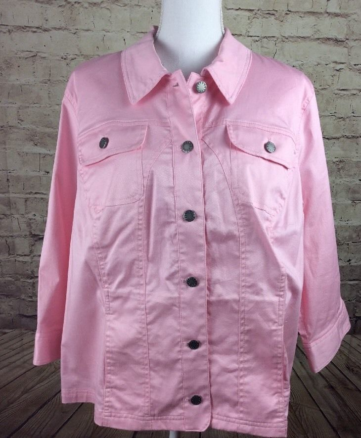CJ Banks 1X Women's Pink Jean Jacket Light Weight With Silver Button Down  #CJBanks #ButtonDownShirt #CareerCasual
