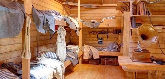 Inside Mawson huts replica @hobart @jomustacchio
