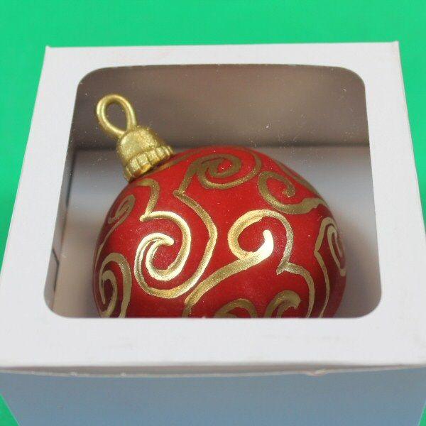 Christmas Ornament Cupcake Tutorial by Global Sugar Art