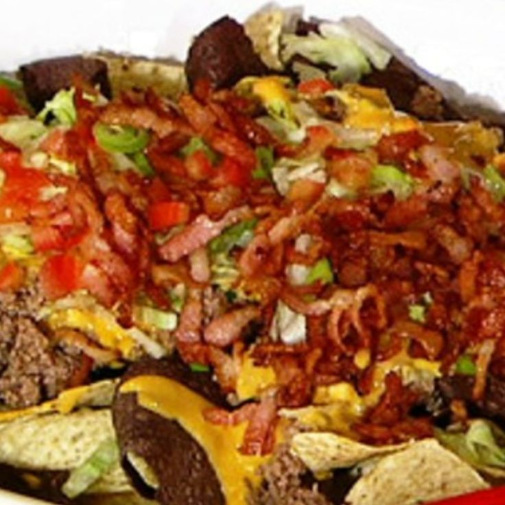 Clinton Kelly's Texas Nachos Recipe | Just A Pinch Recipes