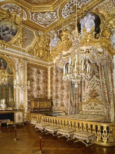 26 best all that glitters is gold images on pinterest - Letto versailles ...