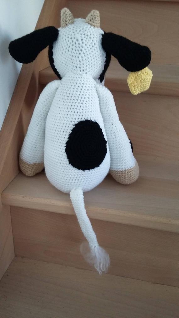 Modèle PDF doudou Vache | Character, Snoopy, Fictional characters