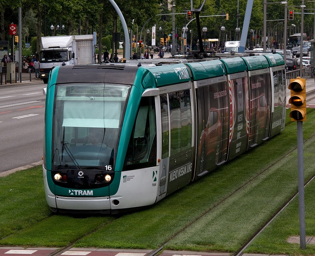 Barcelona Tram by ahisgett, via Flickr