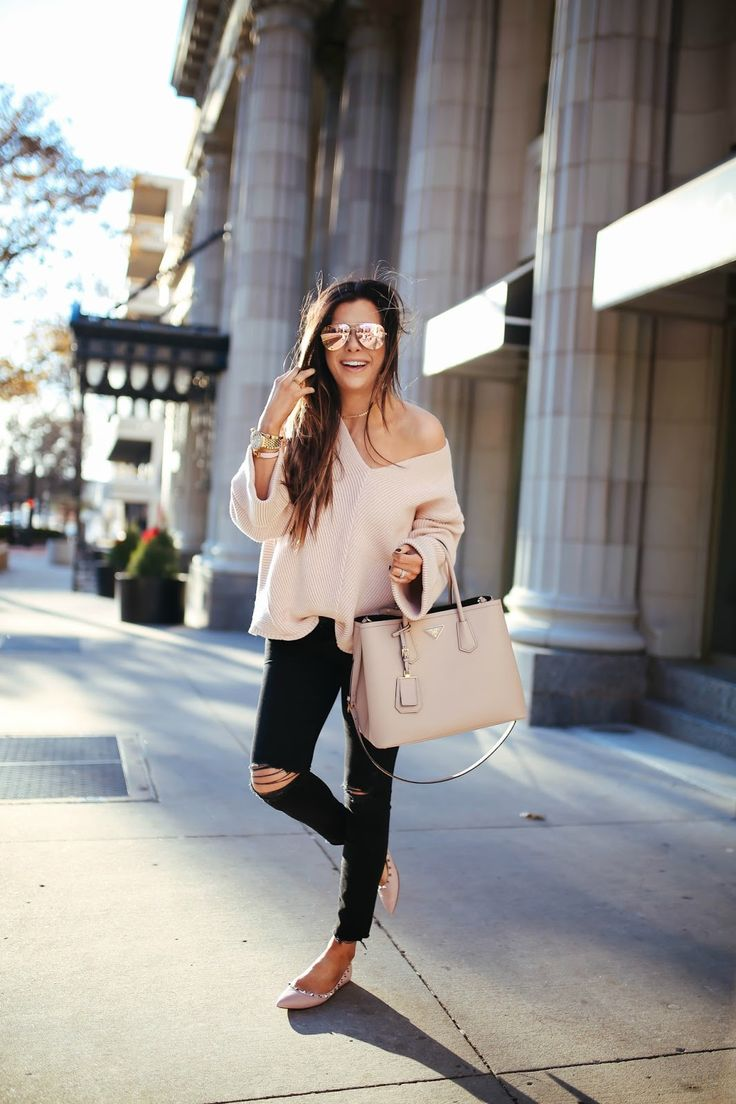 SWEATER: Free People | DENIM: Mother  ( dupe here ) | FLATS:  Valentino  | SUNGLASSES:  Quay  | NECKLACE: Pia  | WATC...