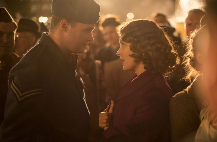 Review of A Royal Night Out. A romantic-comedy chronicling a young Queen Elizabeth's one night out celebrating VE Day with her sister, Margaret.