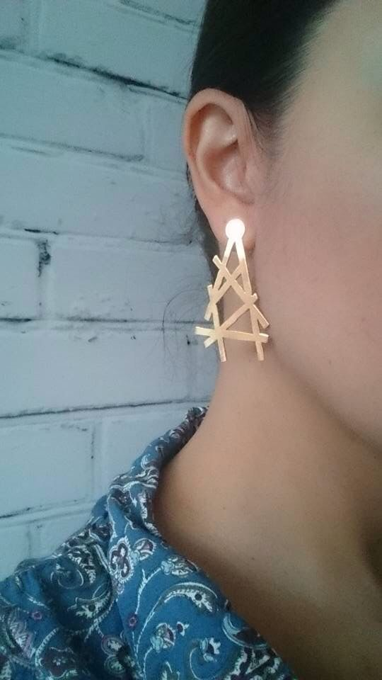 Accessories made 100% by Colombian artisans. Hand cut and gold-plated. Contact us  +1 (917) 488-1323 +1 (917) 340-1191