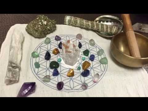 Crystal Grids integrate sacred geometry with the power of crystals to strengthen a focused intention. These crystal grid layouts can help you to manifest your goals and intentions much faster. Learn how to make crystal grids in your home! #crystalgrids