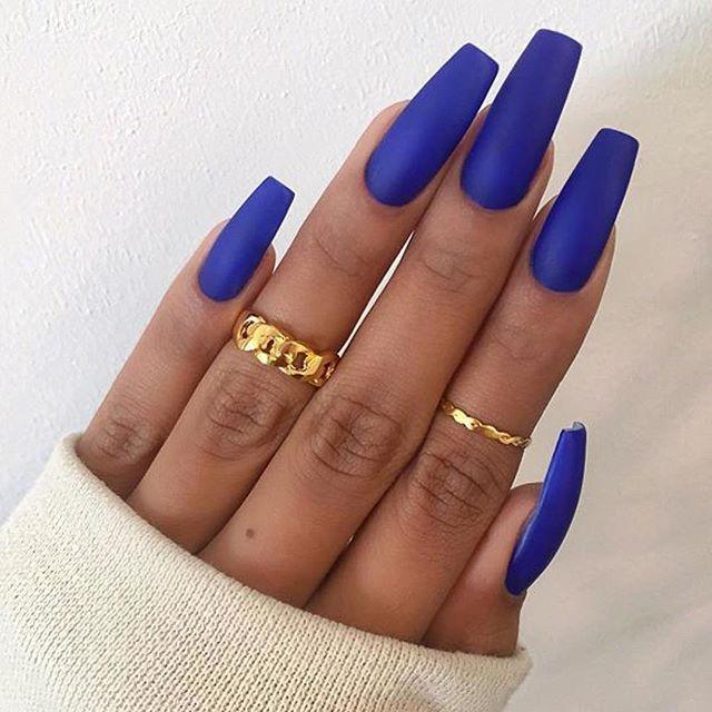 esmalte azul marinho