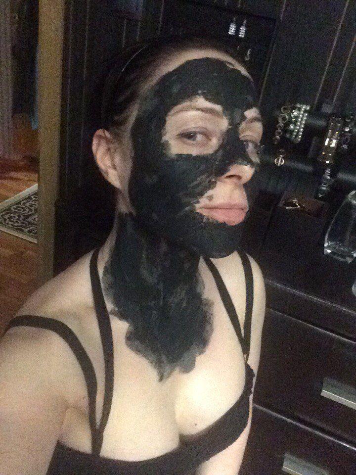 Грязевая маска в действии! Красота - страшная сила ))) #маска#косметика#красота#натуральная косметика Заказать можно здесь:http://www.101soap.ru/