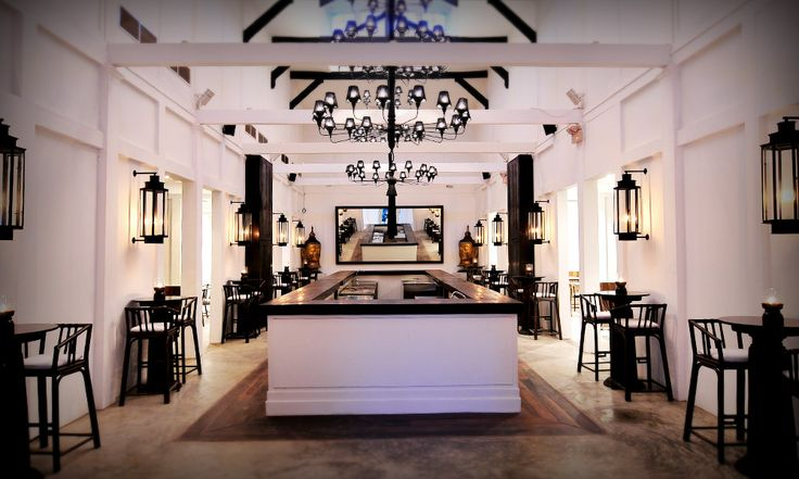 Tamarind Restaurants :: Dining Experiences - Tamarind Hill Singapore