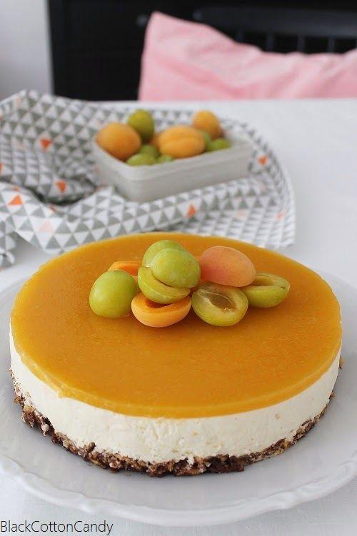 B l a c k C o t t o n C a n d y: So schmeckt der Sommer: Aprikosen-Mirabellen-Torte & Bounty-Eis am Stiel