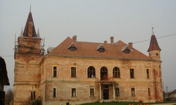 Pribékfalva,  Teleki castla by Miklós Ybl   Monumente Uitate