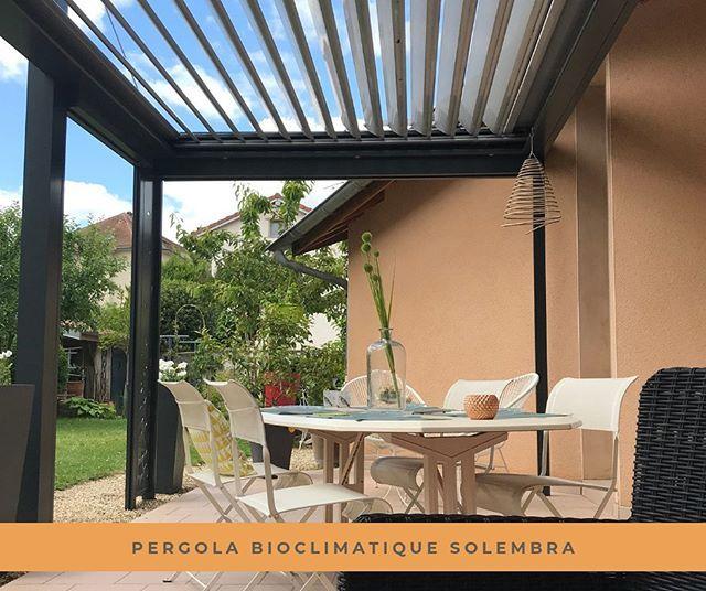 Solembra Pergolas Bioclimatiques D Exception Sur Mesure Design Personnalisees Haut De Gamme Dess Pergola Bioclimatique Pergola Design Pergola