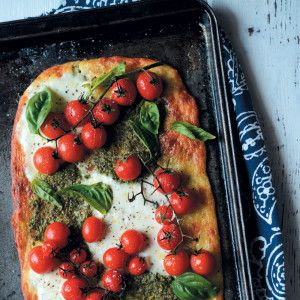 Caprese Low-carb Pizza #Bakes #Pizza #SouthAfrica