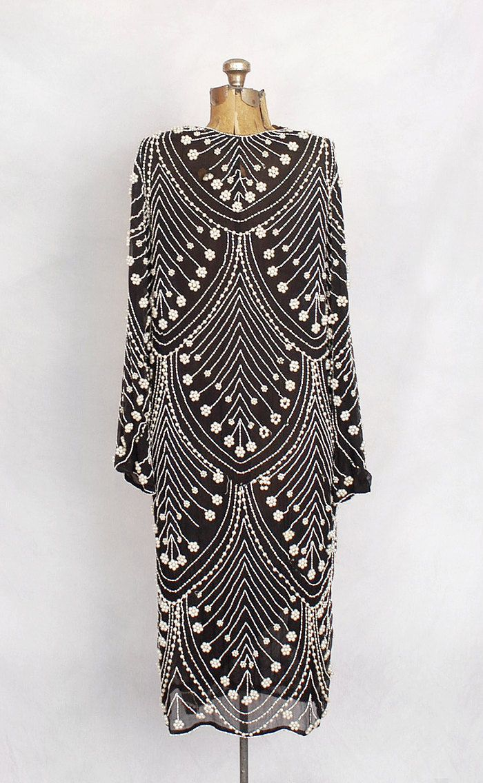 1920s black and white silk chiffon pearl-beaded gown. #GreatGatsby #hiddenobject #OysterWorld