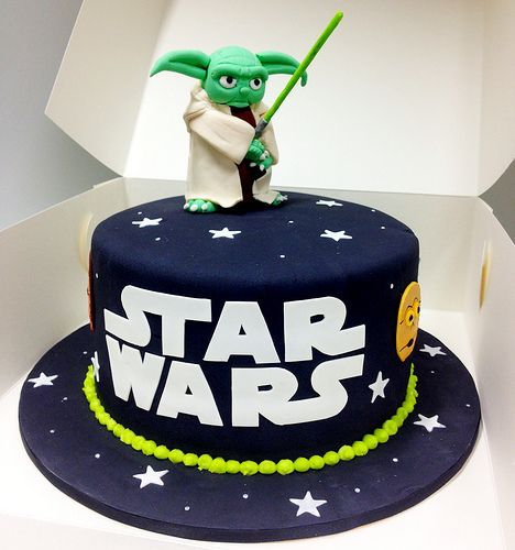 Star Wars Cake - by Jacqui Orton - Cakes for Ruby