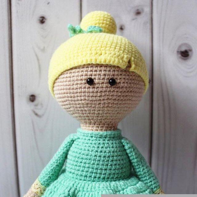 Мятно-лимонная девочка собственного сочинения 💜💜💜 Ниточки - полухлопок,  Наполнитель -гипоаллергенный 🌸🌸🌸 💜💜💜 #crochet #handmadetoy #toy #cute #вязаниеназаказ #кукларучнойработы #детскиеигрушки #интерьернаякукла #вязаниедетям  #вяжутнетолькобабушки #вяжуипродаю  #knitting #knittersoftheworld#amigurumi #амигуруми -  #knitting_inspiration  #игрушкиручнойработы #тюмень #сынок #доченька #дети #инстадети#подарок #чтоподарить#вязаниекрючком #вязаныеигрушки #жираф #лев #тюмень…