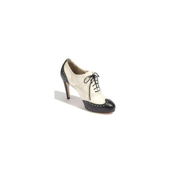 Love the idea of a saddle shoe/oxford black and white heel. Mary Jane... via Polyvore featuring shoes, oxfords, leather mary janes, black and white oxford shoes, leather oxford shoes, vintage style shoes and black white oxford