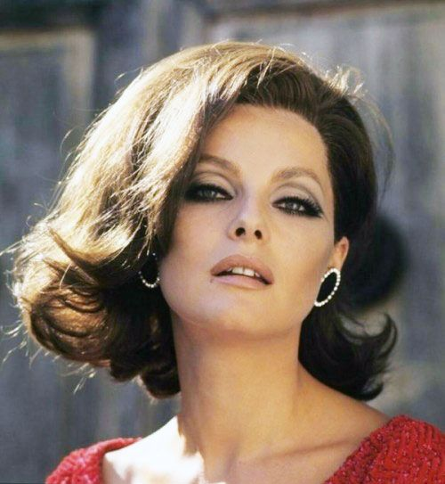 Actress Virna Lisi's gorgeous flip.  RIP 1936-2014.
