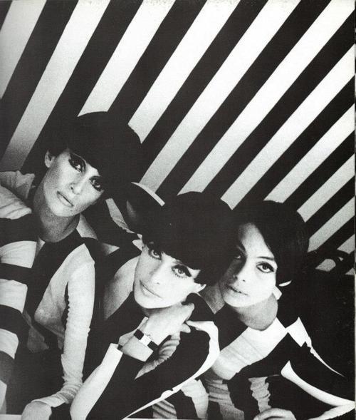 1960s fashion mod fashion vintage fashion 60s mod 60s style black white stripes swinging london photoshoot white people