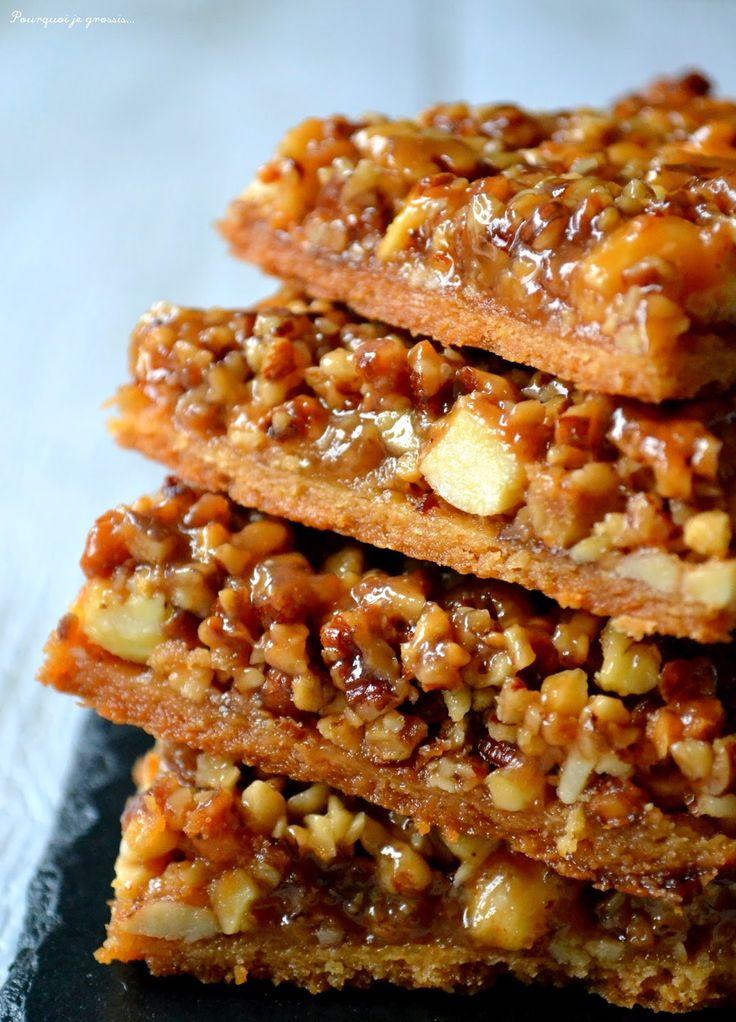 Carrés aux amandes, noix de pécan & miel. Almond, pecan nuts & honey biscuits. http://pourquoi-je-grossis.blogspot.fr/2015/01/carres-aux-amandes-noix-de-pecan-miel.html