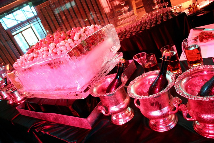 Strawberries and Champagne station... very indulgent #events