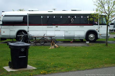 RV Bus Conversions - Yes, Old Buses Do Make Comfortable RVs! | The Fun Times Guide to RVing