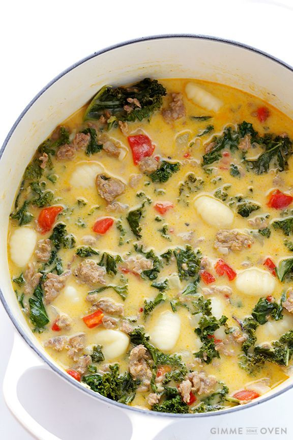 7 Ingredient Easy Zuppa Toscana {Creamy gnocci soup with kale and sausage} via Gimme Some Oven