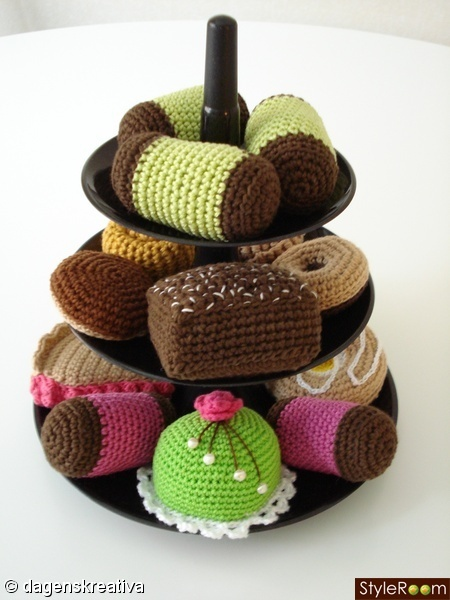 Crochet petit four