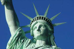 La vuelta al mundo en 10 estatuas famosas >> de10.