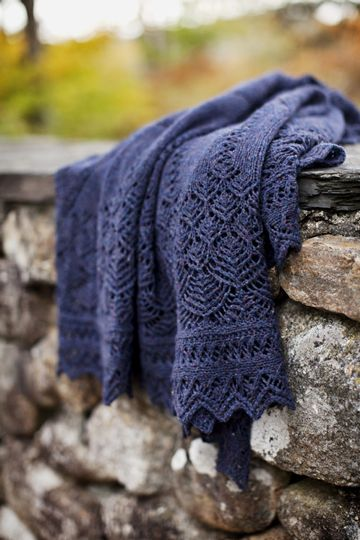 Spire in gorgeous new Brooklyn Tweed Loft yarn, color Old World