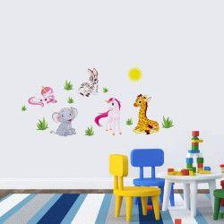 Cartoon animals!  Snyggt väggdekor på tecknade figurer. Zebror, elefanter, giraffer, you name it! Passa på och dekorera barnrummet med detta unika motivet, they'll love it   Län till produkt: http://www.feelhome.se/produkt/cartoon-animals/  #Homedecoration #art #interior #design #Walldecor #väggdekor #interiordesign #Vardagsrum #Kontor #Modernt #vägg #inredning #inredningstips #heminredning #safari #sol #elefant #zebra #barn #bebis #barnrum #barninredning