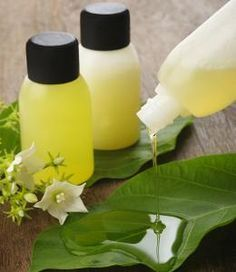 Are the chemicals in shampoos making your hair dull and lifeless? Then, how about switching to homemade shampoo instead? Homemade shampoos will not only remove dirt and oil from hair, but will also make it soft and glossy.