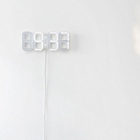 3Dデジタル時計 ホワイトxホワイト | デザインの最高峰をゆく洗練されたアート時計 | MONOCO