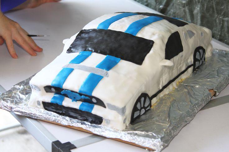 Ford Mustang  cake/ taart decoreren .Eigen eetbare creatie, cool 16 yoshi