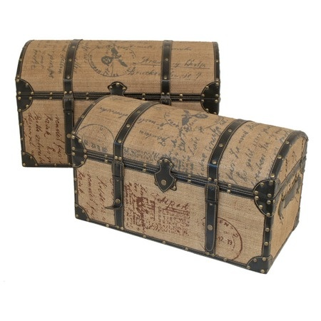 steamer trunks with burlap